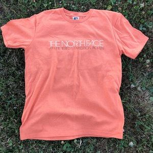 NWOT The North Face Expedition Small  T-shirt